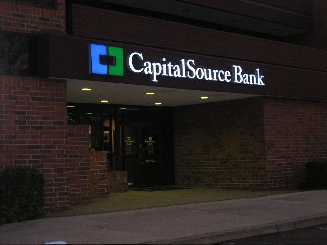Capital Source Bank Outdoor Business Sign side view
